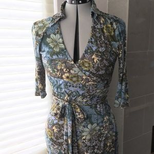 Floral wrap dress with 3/4 sleeve